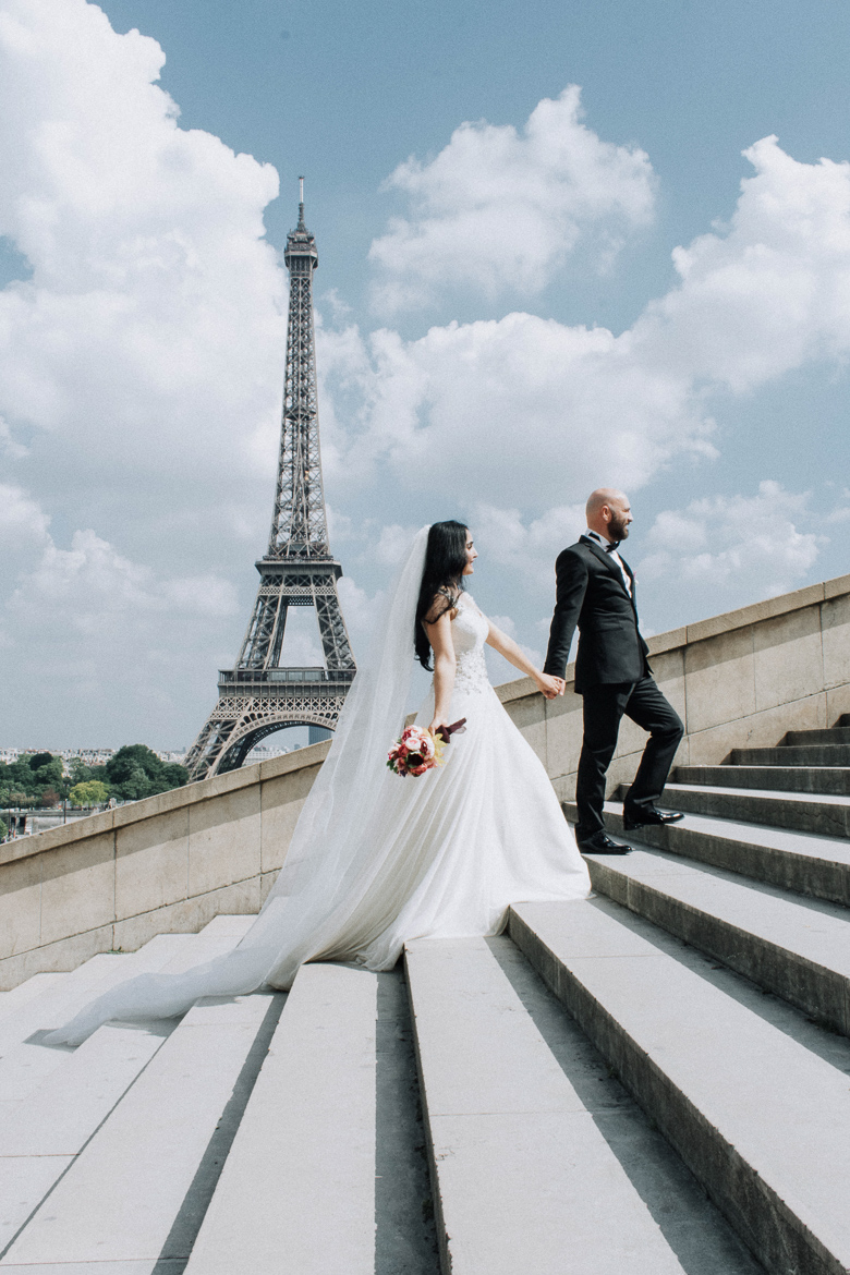 Pre-wedding photo by Harmonie Photography Paris