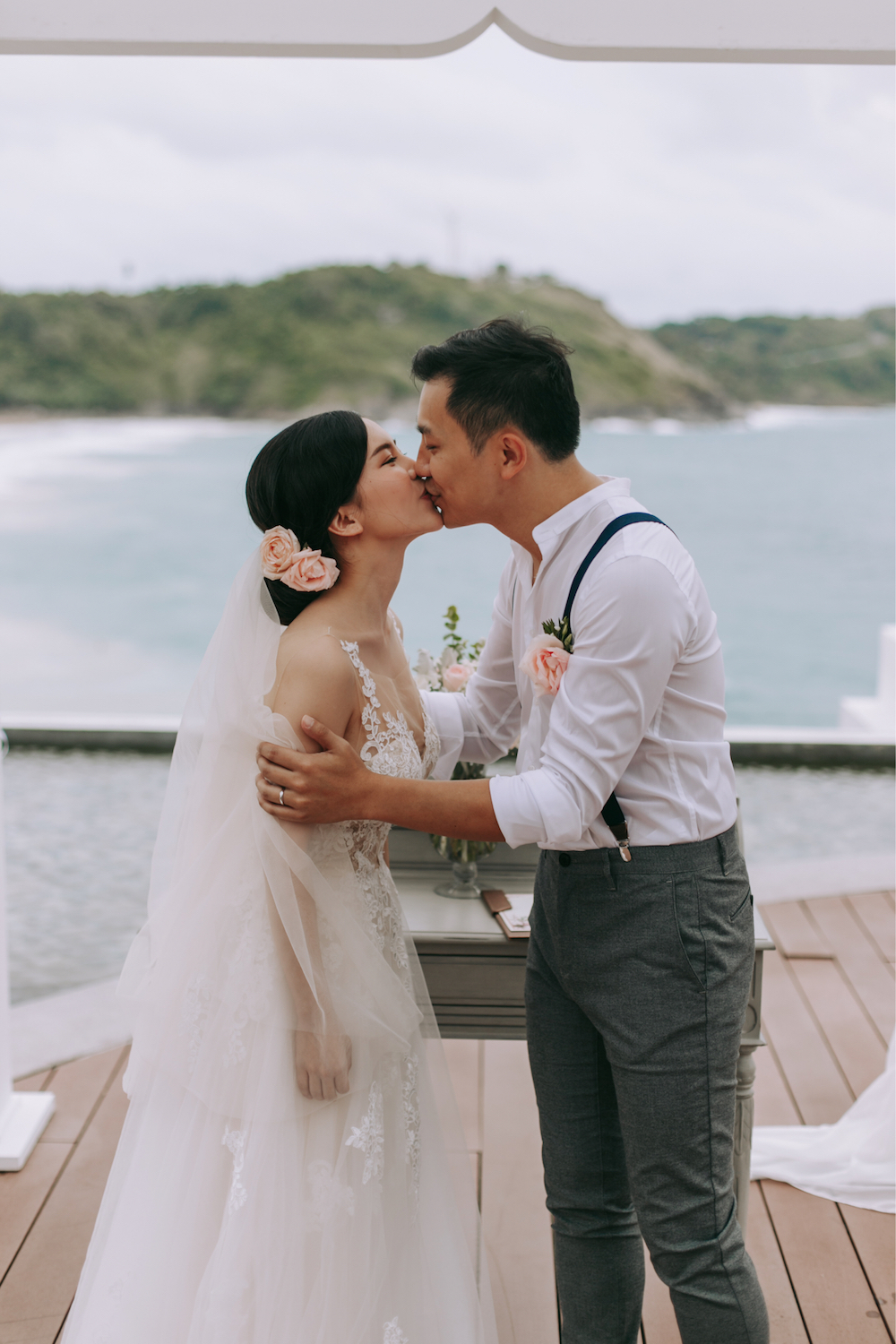 WedElf Real Wedding - Nai Harn Resort, Phuket Thailand - Helen & Abel