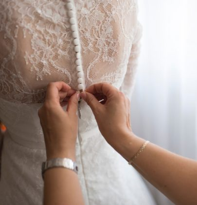 8 Beautiful Bride & Mom MomentsTo Celebrate Mother's Day