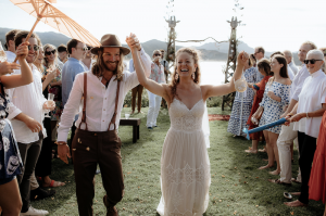 Adventurous couple ties the knot on a remote Island – Great Barrier Island