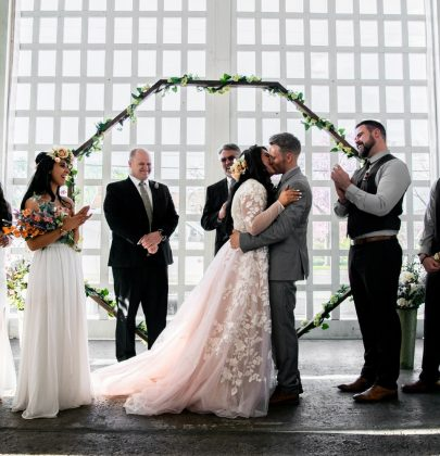 How to Make  a Large Wedding Feel Intimate