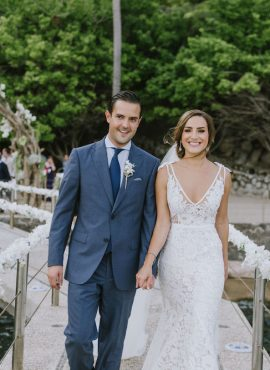 Maria & Mario's Tropical Beach Wedding in Acapulco